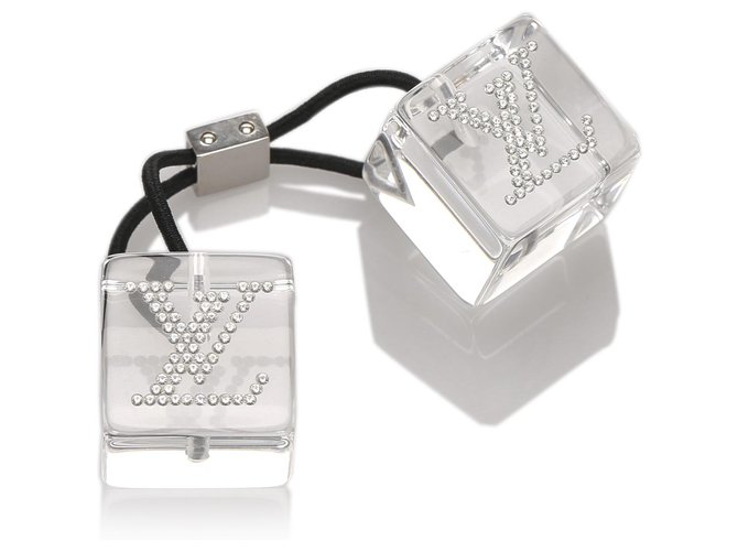 Louis Vuitton Louis Vuitton White Embellished Hair Cubes Misc Other,Plastic,Cloth Black,White ref.183424