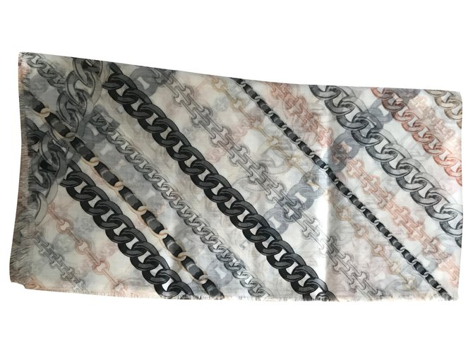 Chanel Chanel shawl chains Scarves Cashmere White ref.183808