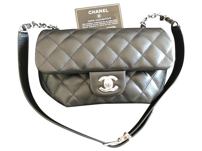 Chanel New Chanel bag Handbags Leather Black ref.184886