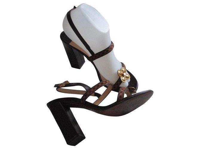 Louis Vuitton Foal checkered sandals, 37,5 IT. Sandals Leather Multiple colors ref.185068