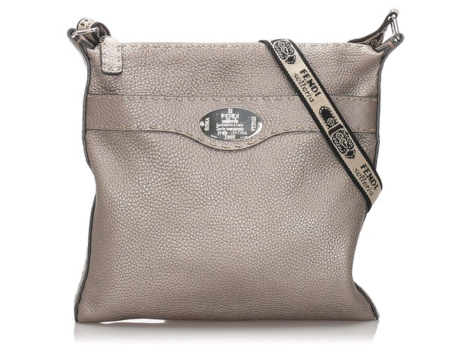 Silver real leather crossbody bag with zipper closure