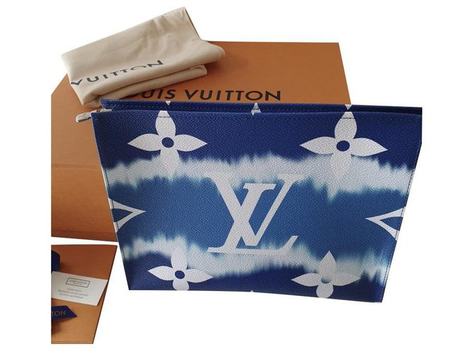 Louis Vuitton Clutch bags Clutch bags Cloth Dark blue ref.186331