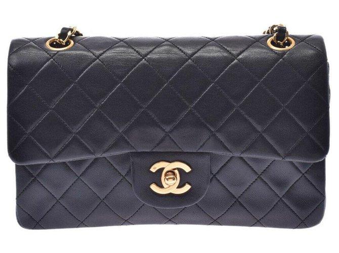 Chanel Chanel Matrasse Handbags Leather Black ref.187906