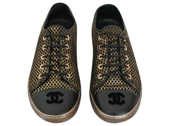 Chanel Sneakers Sneakers Leather,Nylon Black,Golden ref.189535