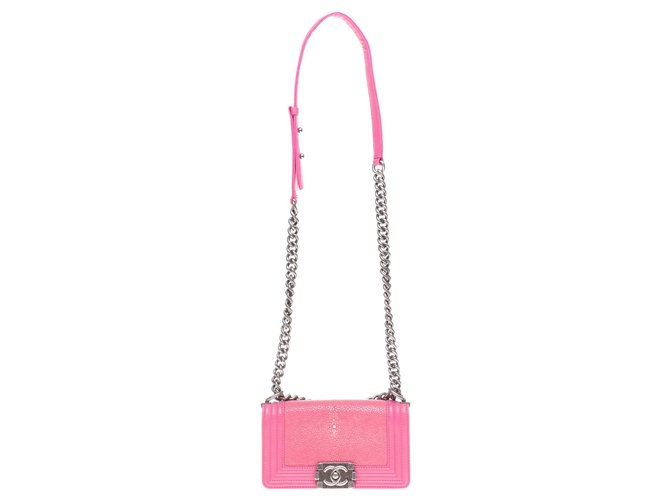 Chanel Chanel Boy limited edition small model in Pink stingray, Aged silver metal trim Handbags Leather Pink ref.189560