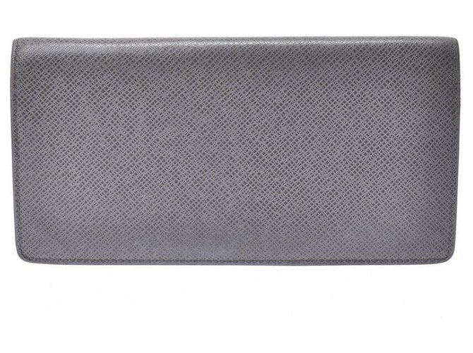Louis Vuitton Louis Vuitton Taiga Plat the Gracie Wallets Small accessories Leather Grey ref.189661