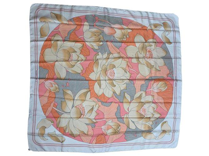 Hermès Lotus flowers Silk scarves Silk Beige ref.193766