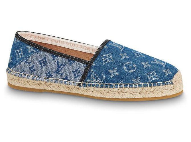 Louis Vuitton LV shoes new Loafers Slip