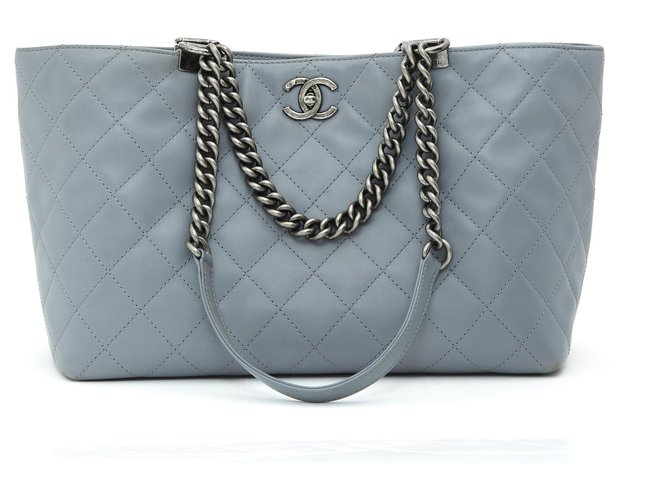 Chanel TIMELESS CLASSIC GRAY TOTE MEDIUM Handbags Leather,Metal Grey ref.195456