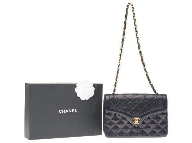Sacs à main Chanel Splendide sac Chanel Mini classique en cuir matelassé bleu marine, garniture en métal doré Cuir Bleu Marine ref.203129