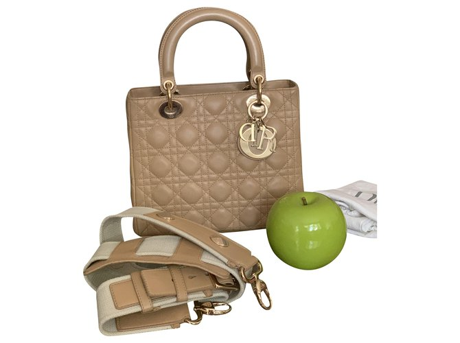 Christian Dior Lady dior medium Handbags Lambskin Beige ref.210384