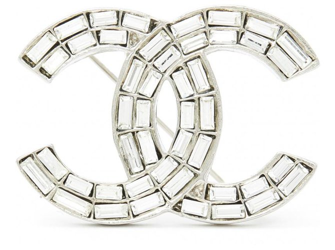 Chanel CC SILVER CRYSTAL Pins & brooches Metal Silvery ref.211627