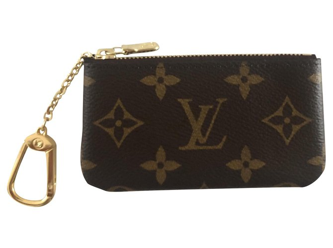 Louis Vuitton Louis Vuitton key pouch in monogram canvas Purses, wallets, cases Cloth Brown ref.218754
