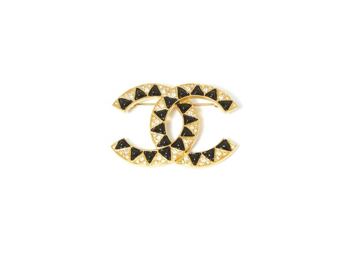 Chanel BACK TO BASIC Pins & brooches Metal Black,Golden ref.218802