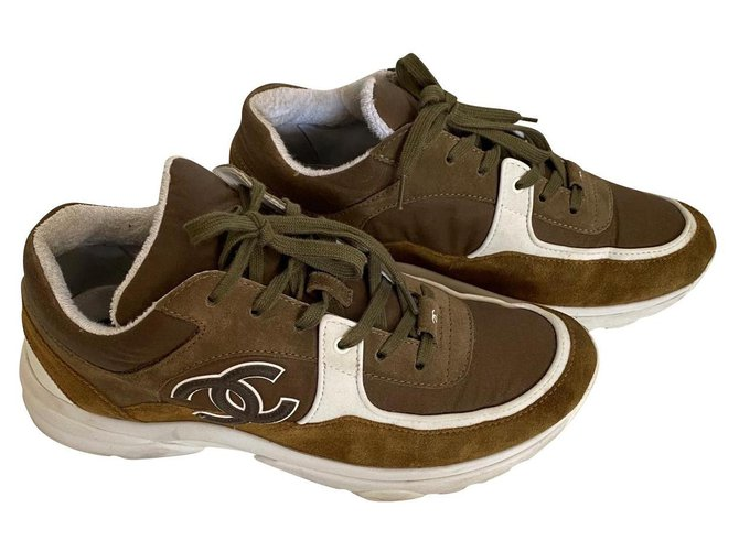 Chanel Sneakers Sneakers Deerskin Brown,Khaki ref.221342