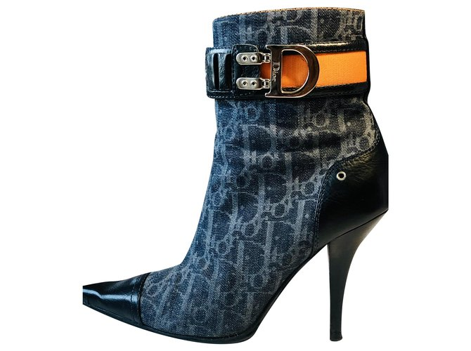 Christian Dior Dior monogram low boots