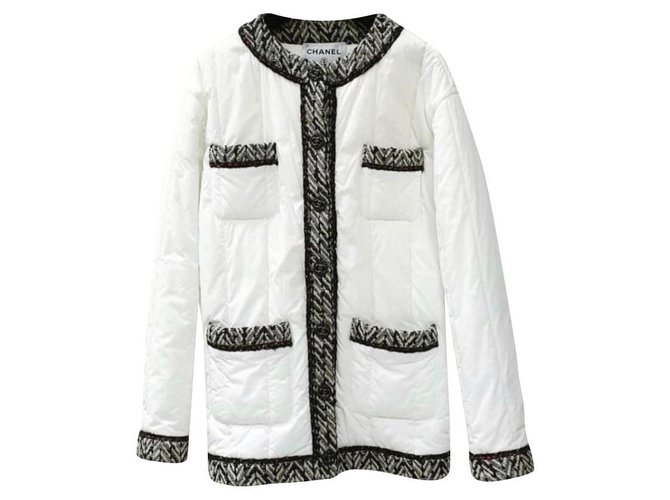 Chanel Chanel 18A White Black Tweed Quilt Puffer Jacket Coat Jackets Polyamide White ref.226099