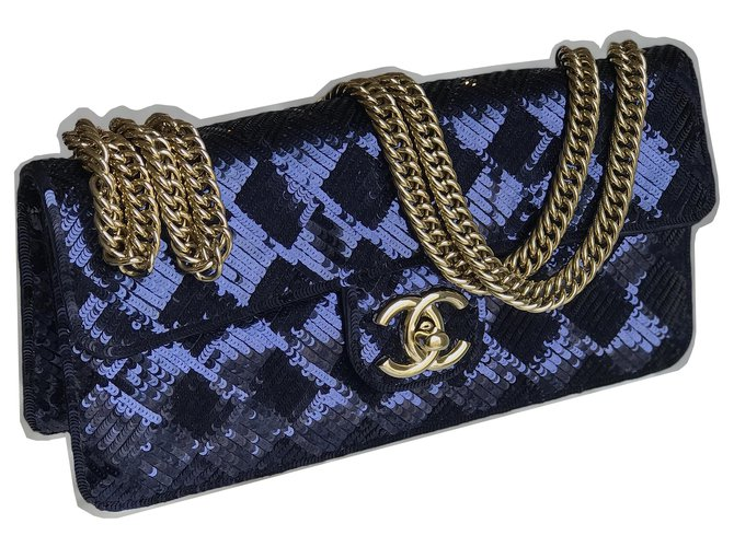 Chanel Rare Chameleon Bag Handbags Satin Blue,Navy blue,Dark blue ref.226747