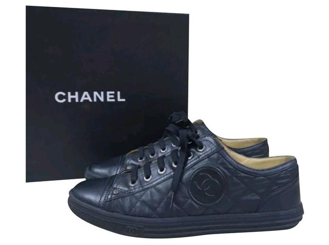 Chanel CHANEL Logo CC Black Leather  Lace Up Sneakers Sz.38,5 Sneakers Leather Black ref.227181
