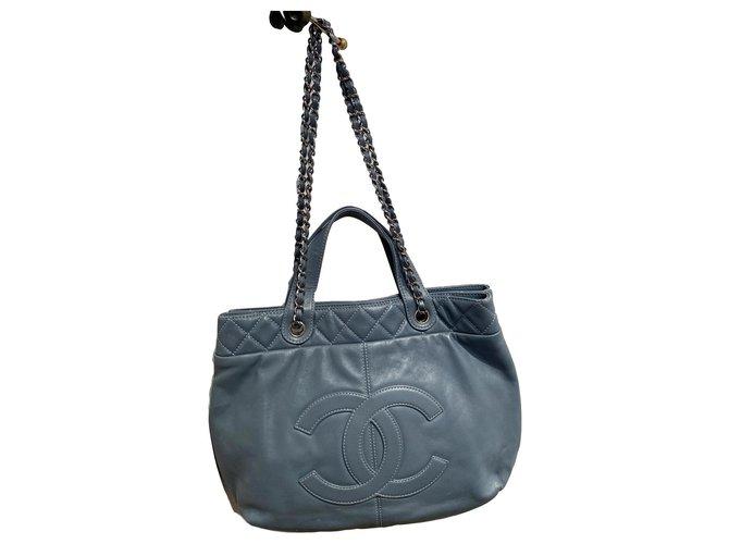 Chanel Handbags Handbags Lambskin Light blue ref.228928