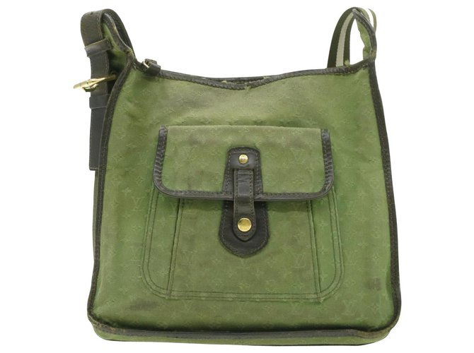 Louis Vuitton Louis Vuitton Shoulder Bag Handbags Other Green ref.230649