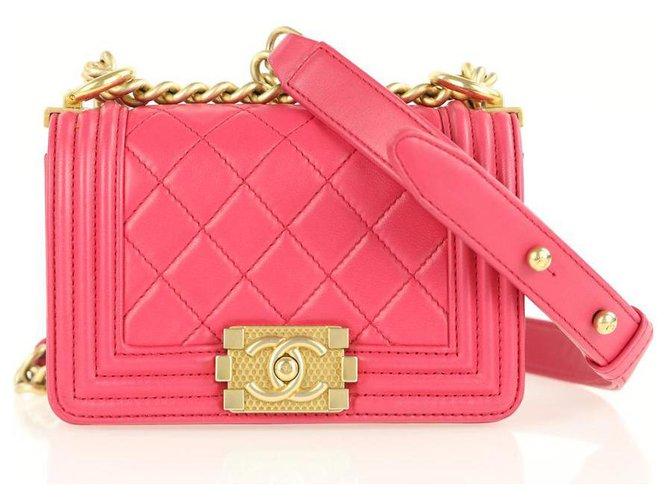Chanel Boy Handbags Leather Pink ref.233268