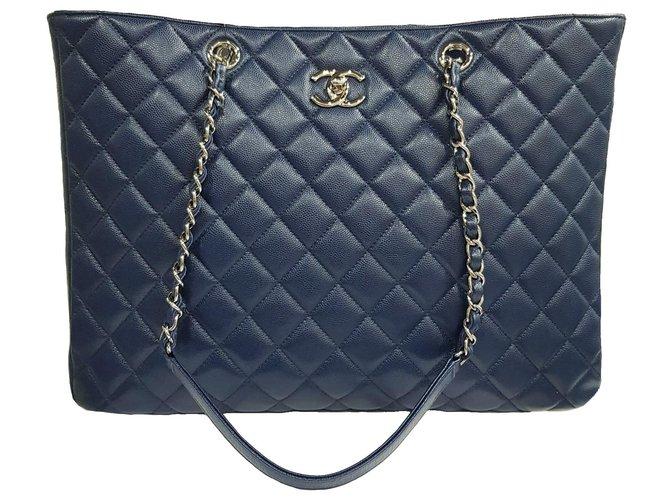 Chanel Handbags Handbags Leather Blue ref.233424