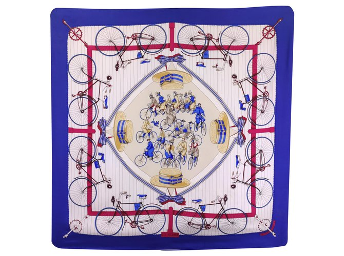 Hermès The Bécanes Silk scarves Silk White,Red,Blue ref.233656