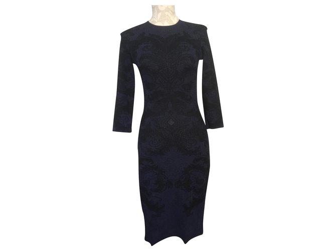 Alexander Mcqueen Alexander Mcqueen Textured Two-Tone Dress Dresses Silk Black,Navy blue ref.241058