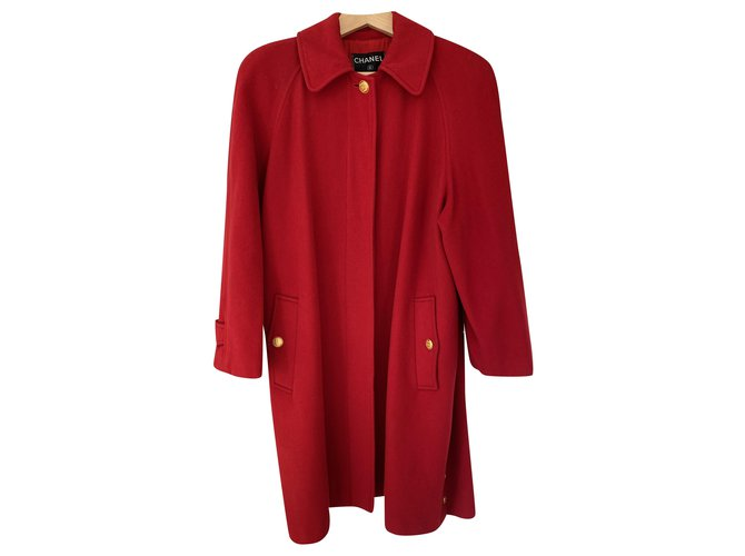 Chanel Coats, Outerwear Coats, Outerwear Cashmere Red,Gold hardware ref.241519