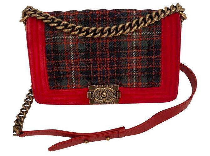 Chanel Chanel Handbags Velvet Red ref.223296
