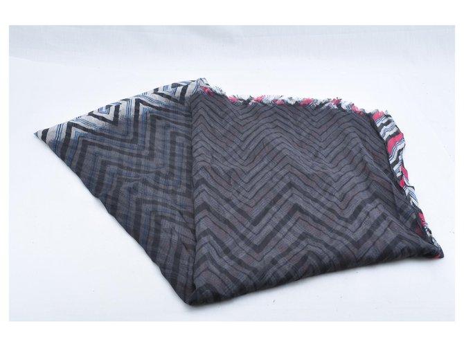 Louis Vuitton Shawl Multiple colors Silk  ref.245582
