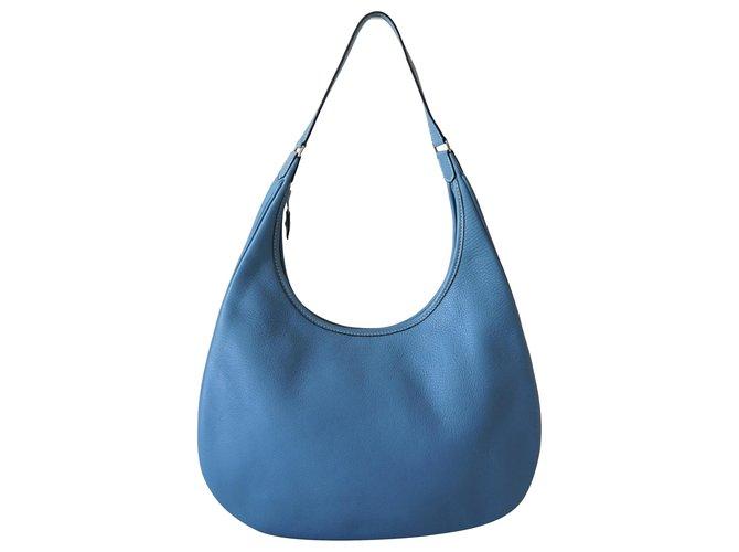Hermès Handbags Blue Leather  ref.246225