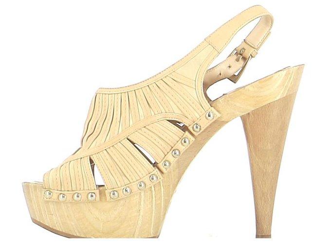 Sandales Dior Sandales Cuir Beige ref.246356