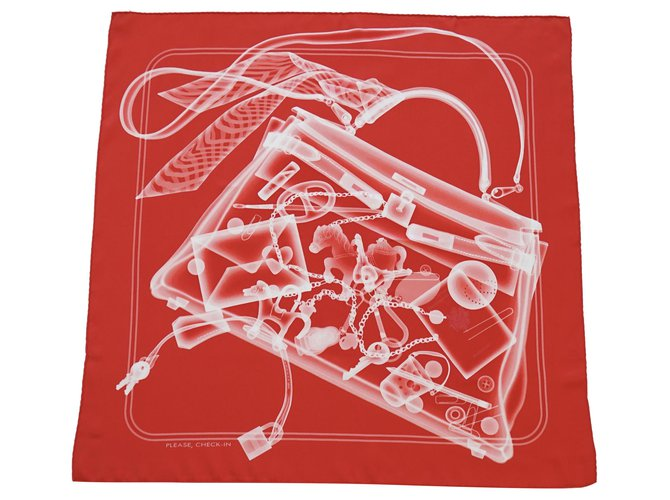 Hermès Silk scarves Silk scarves Silk Red ref.246485