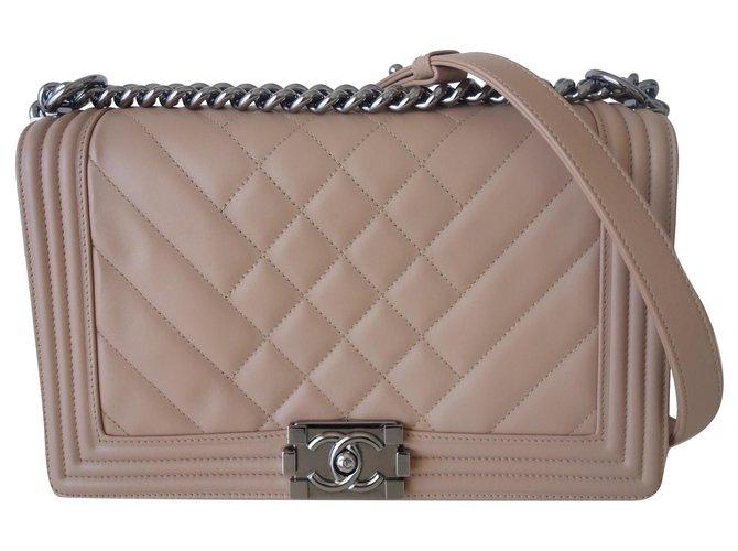 Chanel Boy beige bag Leather  ref.246644