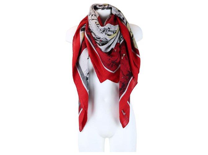 Hermès Hermès scarf Silk scarves Silk Red ref.250944