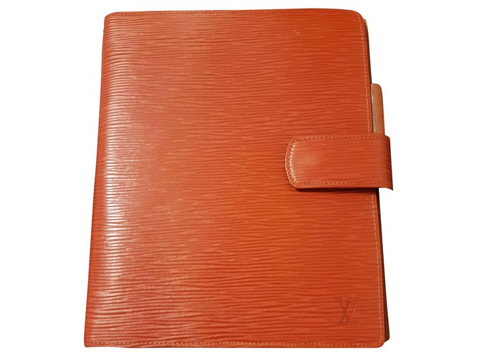 Louis Vuitton Large leather diary cover Purses, wallets, cases Leather Caramel ref.253602