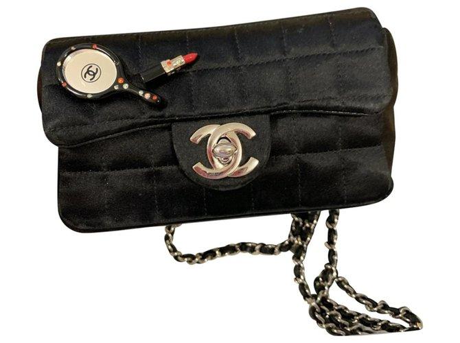 Chanel TIMELESS Black Silk  ref.254870