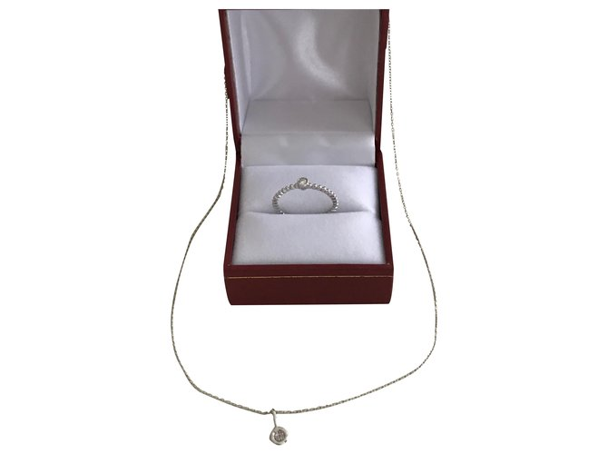 Djula Solitaire pendant and chain. solitaire ring Silvery White gold  ref.259187