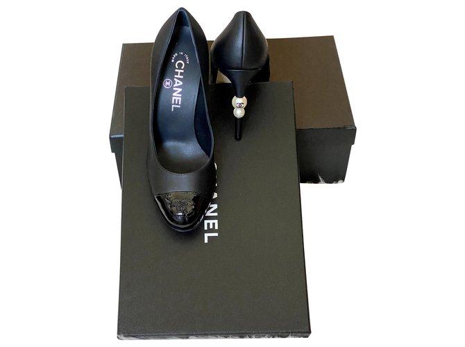 Chanel Heels Black Leather  ref.270184