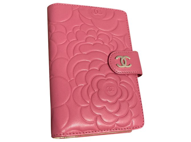 Chanel Wallets Wallets Leather Pink ref.272544