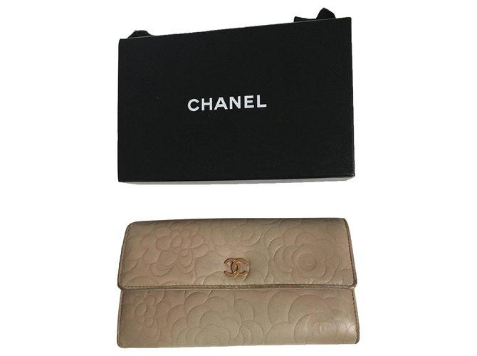 Chanel Camellia Wallets Leather Beige,Sand,Gold hardware ref.274901