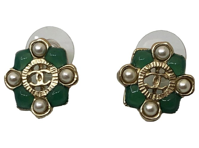 Chanel earring Gold hardware Metal  ref.276004