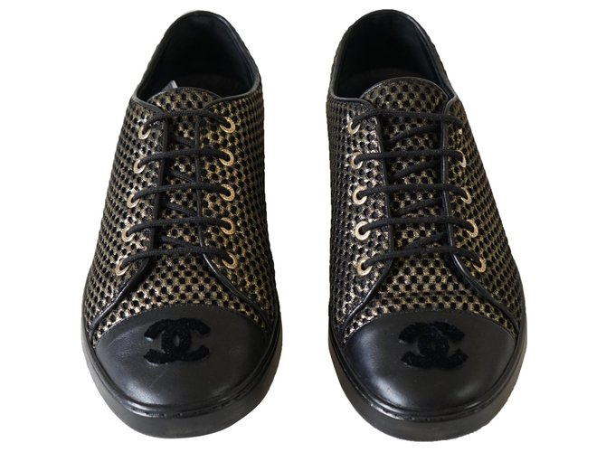 Chanel Sneakers Sneakers Leather,Cloth Black,Golden ref.282273