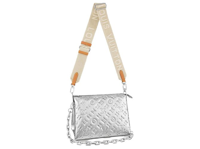 Louis Vuitton LV Coussin PM silver Silvery Leather  ref.283164