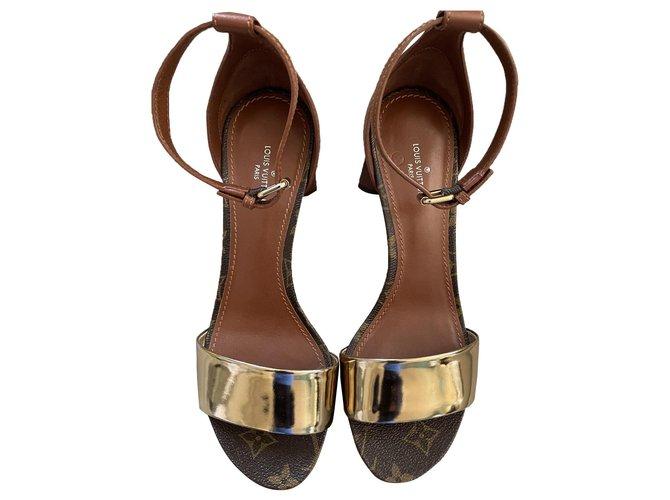 Louis Vuitton FLIP FLOPS Sandals Leather Caramel ref.285019