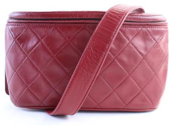 Chanel Red Quilted Fanny Pack Waist Pouch  ref.286803