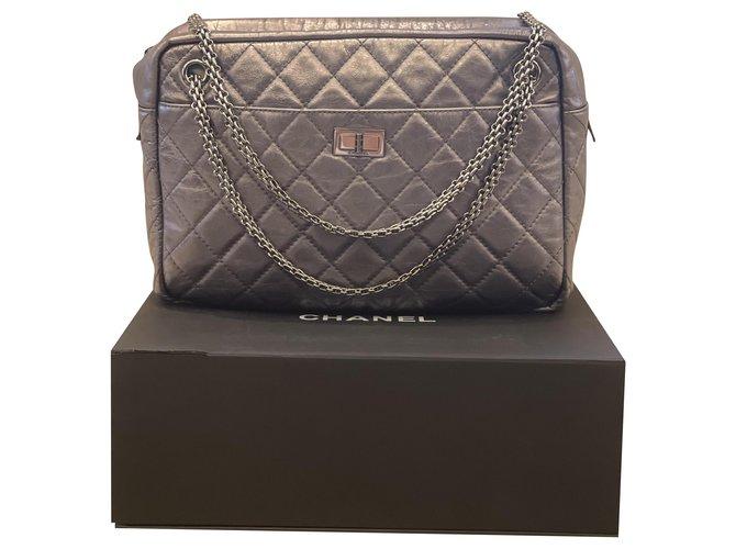 Chanel Chanel Reissue 2.55 camera shoulderr bag Handbags Leather Grey,Metallic ref.287476