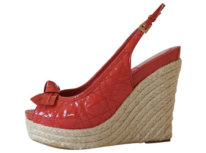 Christian Dior Sandals Red Patent leather  ref.290420